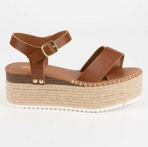 Cognac Espadrille wedge sandal